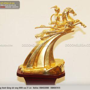 Tượng đồng Thánh Gióng dát vàng 9999